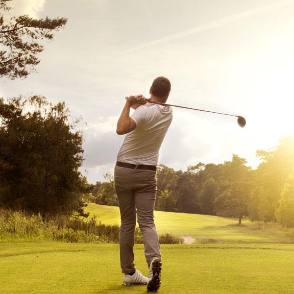 Profitez D'une Belle Arrière Saison Pour Jouer Au Golf En Provence